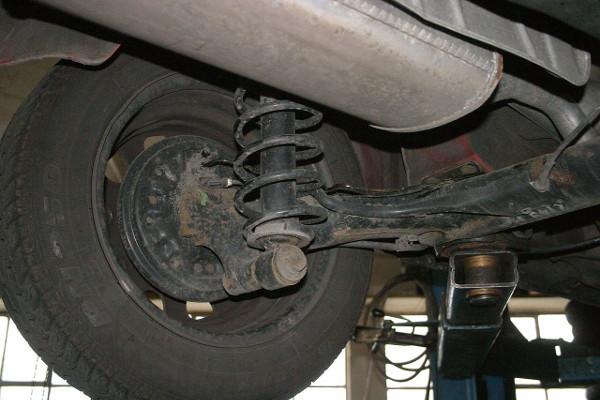 zawieszenie-samochodu-naprawa-diagnostyka