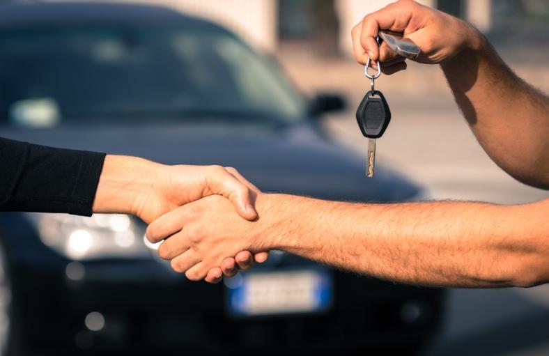 Jak korzystnie zaprezentować nasz samochód, żeby sprzedać go za satysfakcjonującą kwotę?
