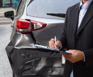 Jak zmienić ubezpieczyciela samochodu